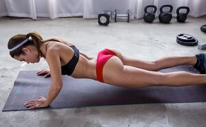 Horny girlfriends interrupt workout to lick each separate other's pussy on floor
