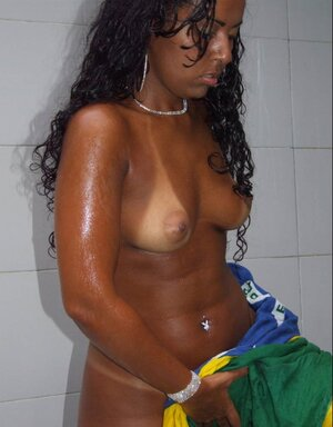 Black and also white phalluses for Ebony whore with big ass in the amateur photo gallery